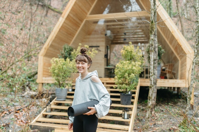Realize the Glamorous Camping by Staying at Glamping Pods